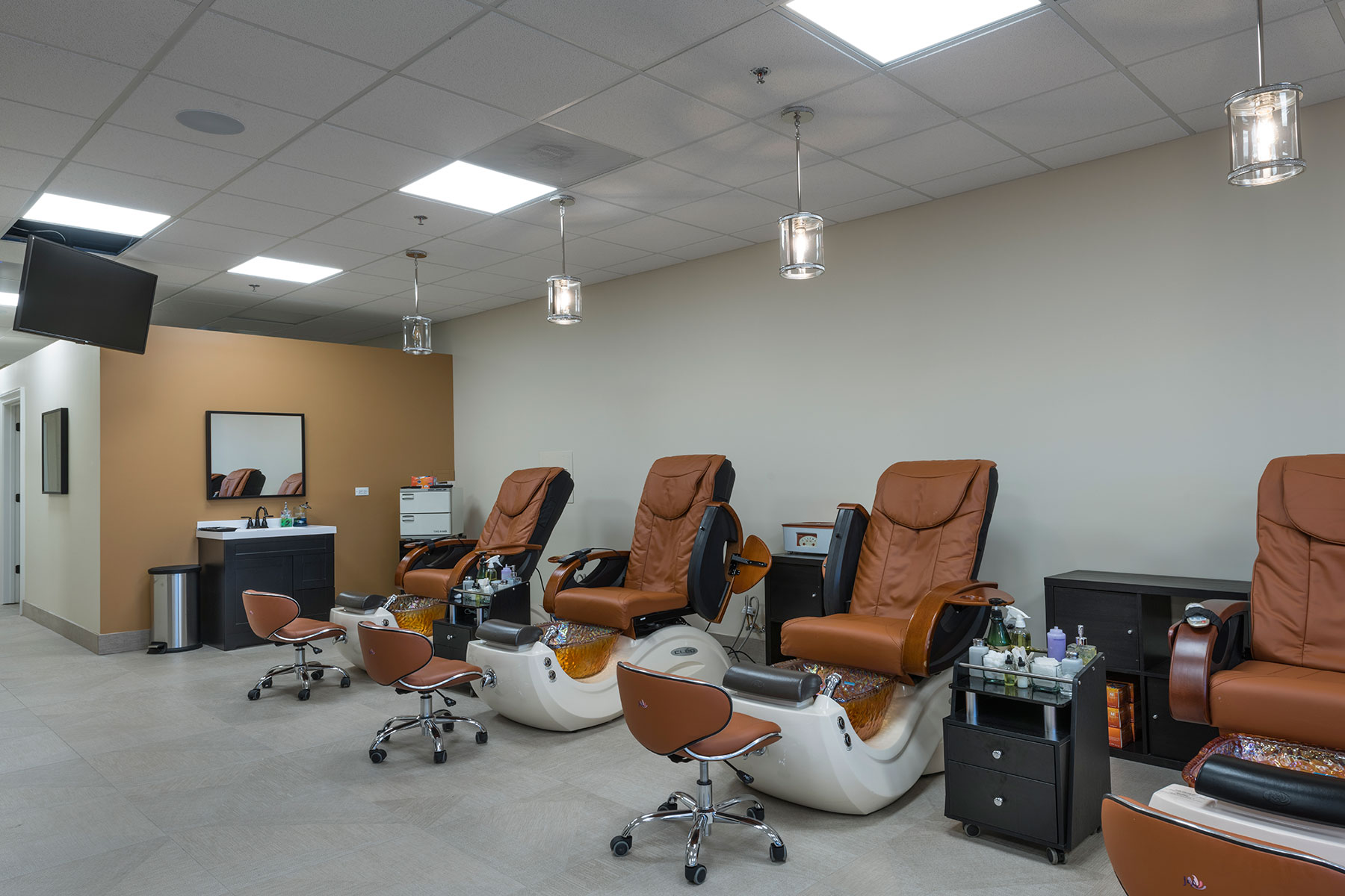 Pedicure Stations - Hollywood Trendz Hair & Spa Salon, Addison Custom Home. America's Custom Home Builders: New Construction, Remodeling, Restoration Services. Residential and Commercial.