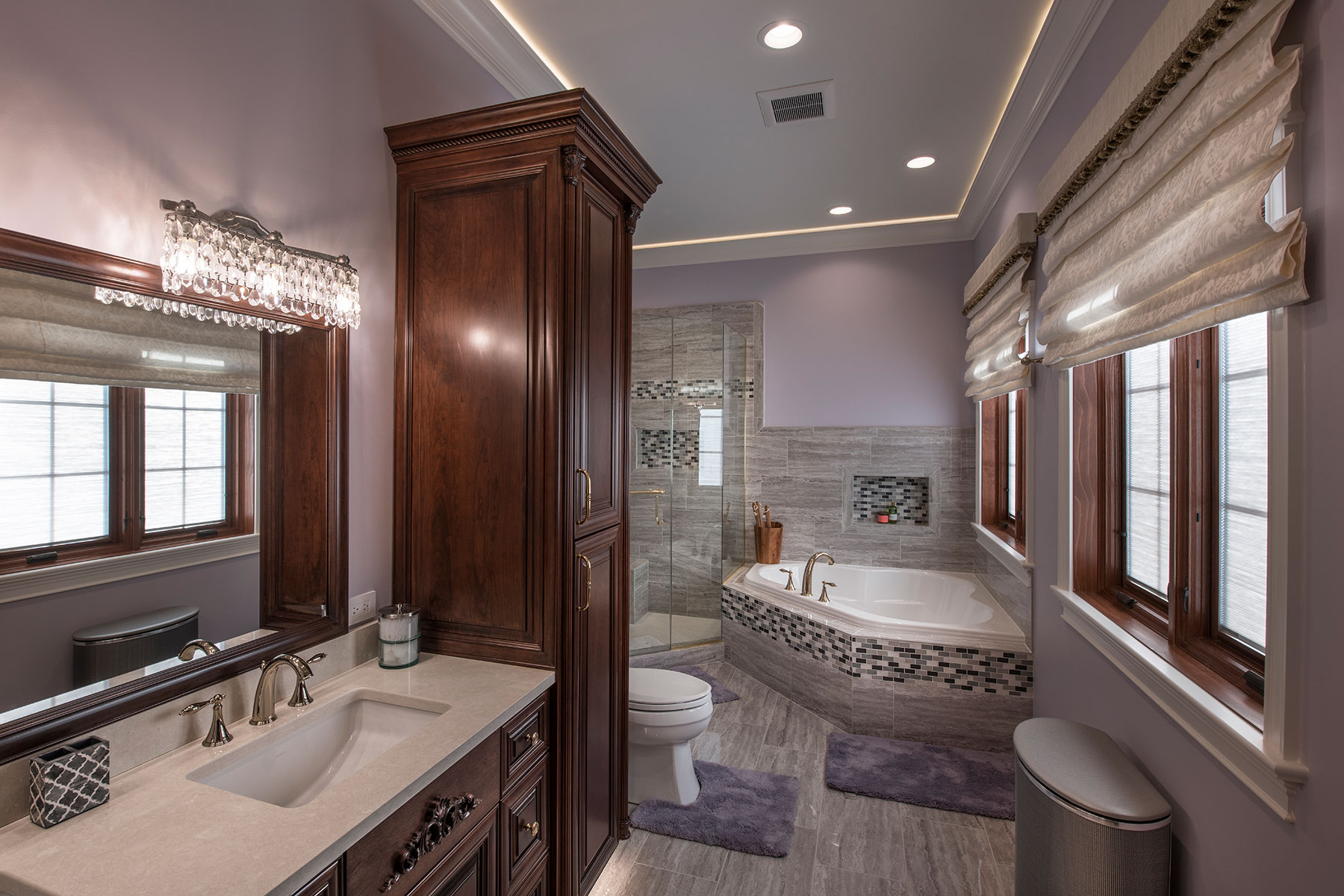 Wall Decor, Great Room - Mango Ave., Morton Grove, IL Custom Home. America's Custom Home Builders: New Construction, Remodeling, Restoration Services. Residential and Commercial.